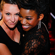 NLD/Hilversum/20121214 - Finale The Voice of Holland 2012, Leona Phillipo en haar partner