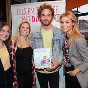 NLD/Amstelveen/20181109- Boekpresentatie Jim Bakkum 'Dadoe en zijn vriendjes' , Jim Bakkum en partner Bettina Holwerda, Froukje de Both en Kirsten Michel