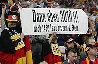 Gelsenkirchen , 160806 ; Freundschafts - Laenderspiel DEUTSCHLAND - SCHWEDEN  Deutsche Fans am Rande des Laenderspiel