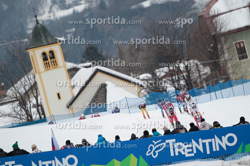 23.02.2013, Langlaufstadion, Lago di Tesero, ITA, FIS Weltmeisterschaften Ski Nordisch, Langlauf Damen, Skiathlon, im Bild whew of Lago's church with the leading group during the Ladies Cross Country Skiathlon of the FIS Nordic Ski World Championships 2013 at the Cross Country Stadium, Lago di Tesero, Italy on 2013/02/23. EXPA Pictures ©  2013, PhotoCredit: EXPA/ Federico Modica
