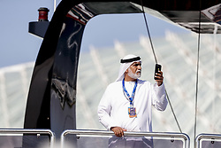 November 23, 2018 - Abu Dhabi, United Arab Emirates - Motorsports: FIA Formula One World Championship 2018, Grand Prix of Abu Dhabi, World Championship;2018;Grand Prix;Abu Dhabi, Sheikh taking pictures with phone  (Credit Image: © Hoch Zwei via ZUMA Wire)