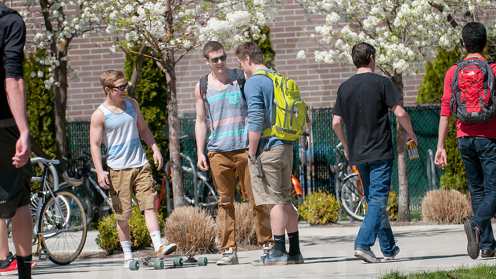 Campus Scenes, Spring, Sub, Engineering, Photo by Everett Smith