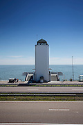 Het monument aan de Afsluitdijk bij Den Oever. In 1932 werd de opening tussen de Waddenzee en de toenmalige Zuiderzee gesloten. Nu is het een belangrijke verkeersader tussen Friesland en Noord-Holland en scheidt het de Waddenzee met het IJsselmeer.<br /> <br /> In 1932, the gap between the Wadden Sea and the former Zuiderzee closed by the Afsluitdijk. Now it is a major thoroughfare between Friesland and North Holland and it separates the Wadden Sea from the IJsselmeer.