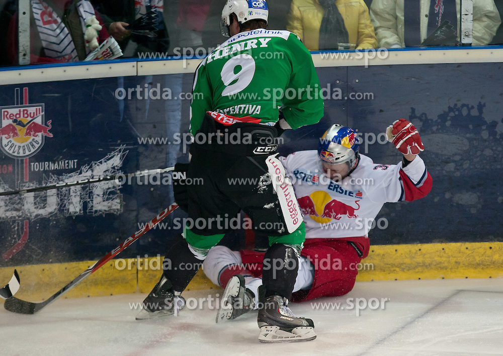 08.03.2011, Volksgarten, Salzburg, AUT, EBEL, EC Red Bull Salzburg vs HDD TILIA Olimpija Ljubljana, im Bild strafe für Burke Henry, (HDD TILIA Olimpija Ljubljana, (# 9) nach einbem Bandencheck an Marco Pewal , (EC Red Bull Salzburg, (# 36) // during the Eishockey Erste Bank Playoff Match between EC Red Bull Salzburg vs HDD TILIA Olimpija Ljubljana on 08/03/2011, EXPA Pictures © 2011, PhotoCredit: EXPA/ J. Feichter