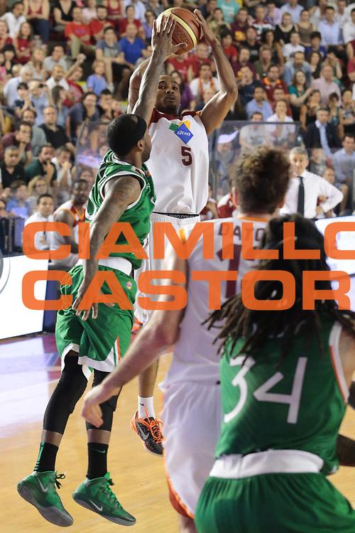 DESCRIZIONE : Roma Lega A 2012-2013 Acea Roma Montepaschi Siena finale gara 2<br /> GIOCATORE : Goss Phil<br /> CATEGORIA : three points<br /> SQUADRA : Acea Roma<br /> EVENTO : Campionato Lega A 2012-2013 playoff finale gara 2<br /> GARA : Acea Roma Montepaschi Siena<br /> DATA : 13/06/2013<br /> SPORT : Pallacanestro <br /> AUTORE : Agenzia Ciamillo-Castoria/M.Simoni<br /> Galleria : Lega Basket A 2012-2013  <br /> Fotonotizia : Roma Lega A 2012-2013 Acea Roma Montepaschi Siena playoff finale gara 2<br /> Predefinita :