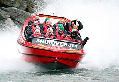 Queenstown-Rugby, Ireland team on Shotover Jet