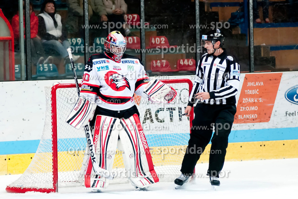 19.10.2012, Hostan Arena, Znojmo, CZE, EBEL, HC Orli Znojmo vs EC Villacher SV, 13. Runde, im Bild Ondrej Kacetll (Znojmo #90) // during the Erste Bank Icehockey League 13nd round match betweeen HC Orli Znojmo and EC Villacher SV at the Hostan Arena, Znojmo, Czech Republic on 2012/10/19. EXPA Pictures © 2012, PhotoCredit: EXPA/ Rostislav Pfeffer