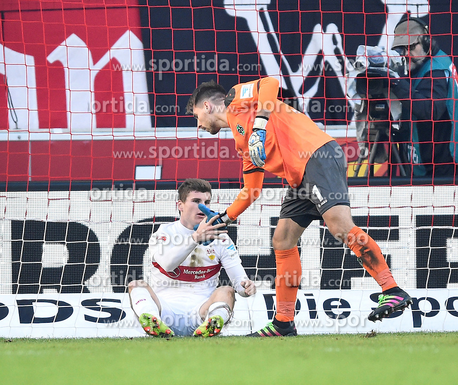 27.02.2016, Mercedes Benz Arena, Stuttgart, GER, 1. FBL, VfB Stuttgart vs Hannover 96, 23. Runde, im Bild Fairplay Torwart Ron-Robert Zieler Hannover 96 (rechts) hilft Timo Werner VfB Stuttgart auf die Beine // during the German Bundesliga 23th round match between VfB Stuttgart and Hannover 96 at the Mercedes Benz Arena in Stuttgart, Germany on 2016/02/27. EXPA Pictures &copy; 2016, PhotoCredit: EXPA/ Eibner-Pressefoto/ Weber<br /> <br /> *****ATTENTION - OUT of GER*****