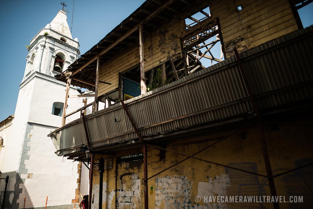 Iglesia San Jose is in the heart of Casco Viejo, the historic old quarter of Panama City, Panama. Iglesia San Jose is in the heart of the historic Casco Viejo district of Panama City and dates to 1673.
