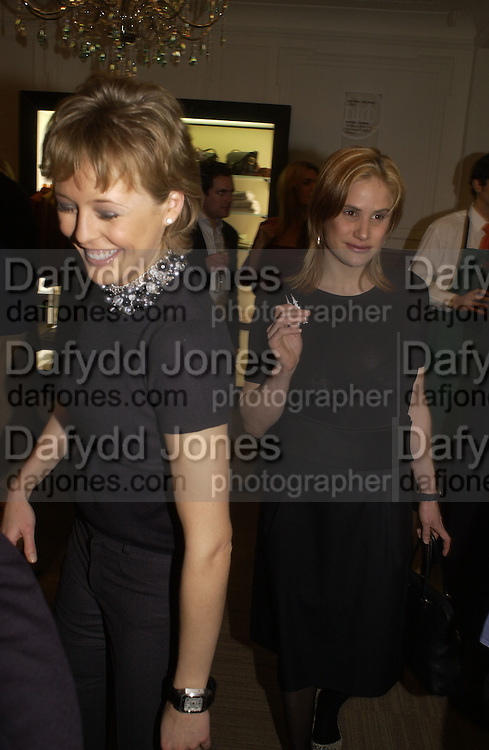 Lady alexandra Spencer-Churchill and Katherine Cullen. Charles Finch and Dr. Franco Beretta host launch of Beretta stor at 36 St. James St. London. 10  January 2006. ONE TIME USE ONLY - DO NOT ARCHIVE  © Copyright Photograph by Dafydd Jones 66 Stockwell Park Rd. London SW9 0DA Tel 020 7733 0108 www.dafjones.com