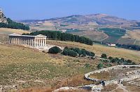 Italie, Sicile, site archéologique de Segeste // Italy, Italia, Sicily, Sicilia, Trapani district, Segesta, Greek temple