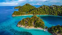 DCIM\100MEDIA\DJI_0404.JPG Triton Bay Dec 2019 (West Papua Indonesia)