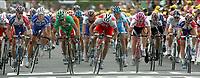 SYKKEL, GUERET (FRA), 13/07/2004 - TOUR DE FRANCE 2004,  RONDE VAN FRANKRIJK 2004 / SPORT CYCLING CYCLISME WIELRENNEN /  ETAPPE 09 / ST-LEONARD-DE-NOBLET - GUERET /<br /> ROBBY MCEWEN , THOR HUSHOVD  , STUART O'GRADY , TOM BOONEN  , ERIK ZABEL<br /> FOTO: DIGITALSPORT
