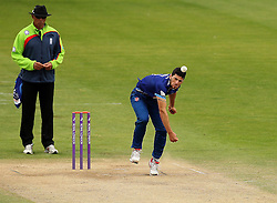 Gloucestershire's Benny Howell bowls - Mandatory by-line: Robbie Stephenson/JMP - 07966386802 - 04/08/2015 - SPORT - CRICKET - Bristol,England - County Ground - Gloucestershire v Durham - Royal London One-Day Cup