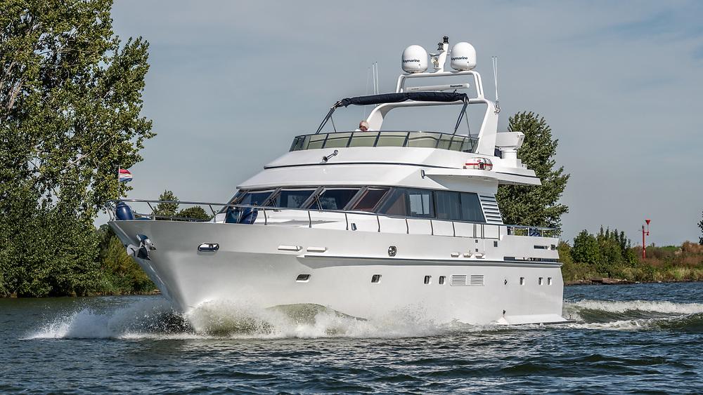 SeaBear Heusden  quality yacht Van der Vliet Netherlands, for sale.