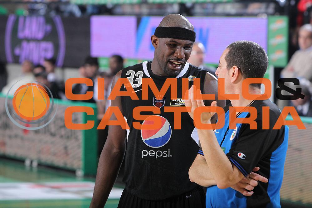 DESCRIZIONE : Treviso Lega A 2010-11 Benetton Treviso Pepsi Caserta<br /> GIOCATORE :  Jumaine Jones<br /> SQUADRA :  Benetton Treviso<br /> EVENTO : Lega A 2010-2011<br /> GARA : Benetton Treviso Pepsi Caserta<br /> DATA : 15/01/2011<br /> CATEGORIA : Ritratto<br /> SPORT : Pallacanestro <br /> AUTORE : Agenzia Ciamillo-Castoria/G.Contessa<br /> Galleria : Lega A 2010-2011<br /> Fotonotizia : Treviso Lega A 2010-11 Benetton Treviso Pepsi Caserta<br /> Predefinita :