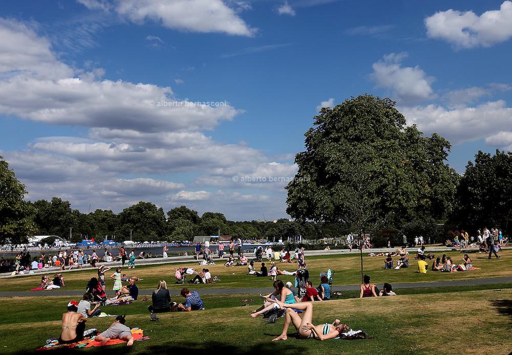London, hyde Park, Dyana Memorial Fountain.