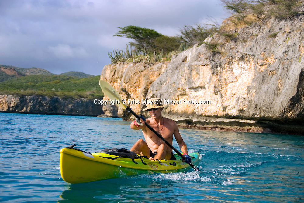Santa Cruz, Curacao, Netherlands Antilles, April 2009. Extreme kayaker, Eco promoter and TV host, Ryan the Jongh takes us kayaking to his favourite places along the Curacao Coast. Photo by Frits Meyst/Adventure4ever.com