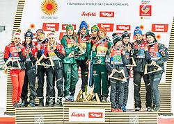 26.02.2019, Seefeld, AUT, FIS Weltmeisterschaften Ski Nordisch, Seefeld 2019, Skisprung, Damen, Siegerehrung, im Bild v.l. Silbermedaillengewinnerin Eva Pinkelnig (AUT), Jacqueline Seifriedsberger (AUT), Chiara Hoelzl (AUT), Daniela Iraschko-Stolz (AUT), Weltmeisterin und Goldmedaillengewinnerin Juliane Seyfarth (GER), Ramona Straub (GER), Carina Vogt (GER), Katharina Althaus (GER), Bronzemedaillengewinnerin Anna Odine Stroem (NOR), Ingebjoerg Saglien Braaten (NOR), Silje Opseth (NOR), Maren Lundby (NOR) // f.l. Silver medalist Eva Pinkelnig Jacqueline Seifriedsberger Chiara Hoelzl Daniela Iraschko-Stolz of Austria World champion and Gold medalist Juliane Seyfarth Ramona Straub Carina Vogt Katharina Althaus of Germany and Bronce medalist Anna Odine Stroem Ingebjoerg Saglien Braaten Silje Opseth Maren Lundby of Norway during the winner ceremony for the ladie's Skijumping HS109 competition of FIS Nordic Ski World Championships 2019. Seefeld, Austria on 2019/02/26. EXPA Pictures © 2019, PhotoCredit: EXPA/ Stefan Adelsberger