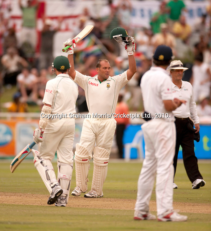 Jacques Kallis celebrates his century during the third Test Match between South Africa and England at Newlands, Cape Town. Photograph © Graham Morris/cricketpix.com (Tel: +44 (0)20 8969 4192; Email: sales@cricketpix.com)