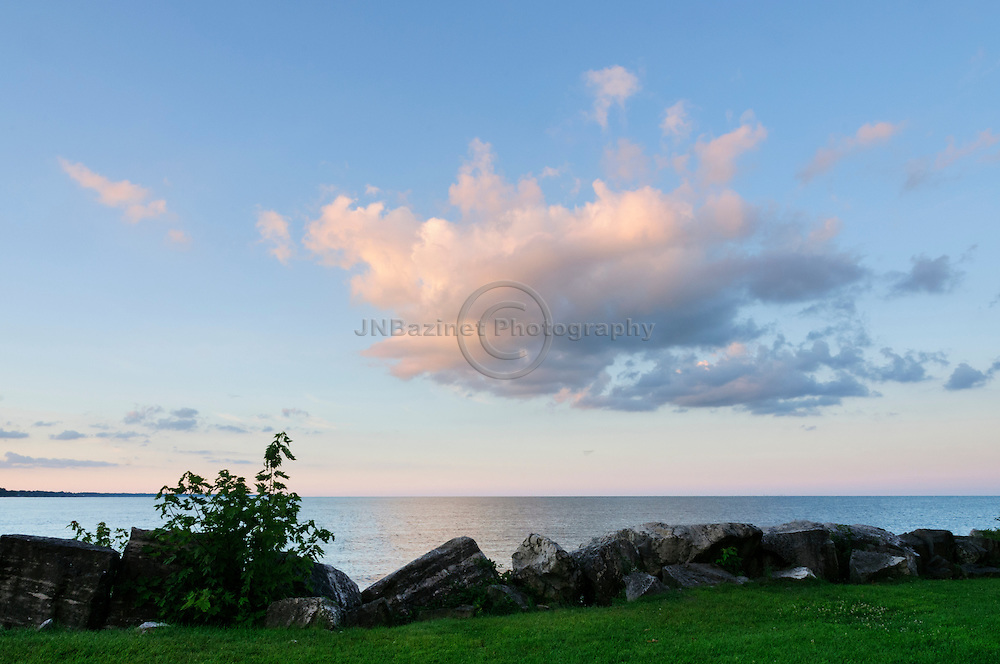 Daybreak in soft pastel colours over Lake Erie