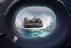 April 29, 2019 - Persian Gulf - An air-cushioned landing craft approaches the amphibious assault ship USS Kearsarge in the Persian Gulf, April 29, 2019. (Credit Image: © U.S./ZUMA Wire/ZUMAPRESS.com)