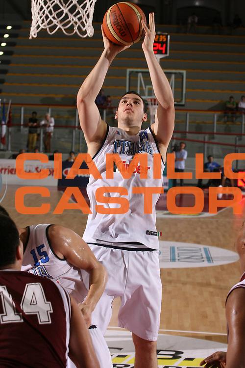 DESCRIZIONE : Osimo Torneo Internazionale Italia-Venezuela<br /> GIOCATORE : Crosariol<br /> SQUADRA : Italia<br /> EVENTO : Osimo Torneo Internazionale<br /> GARA : Italia Venezuela<br /> DATA : 26/06/2006 <br /> CATEGORIA : Tiro<br /> SPORT : Pallacanestro <br /> AUTORE : Agenzia Ciamillo-Castoria/G.Ciamillo<br /> Galleria : FIP Nazionale Italiana<br /> Fotonotizia :  Osimo Torneo Internazionale Italia Venezuela<br /> Predefinita :