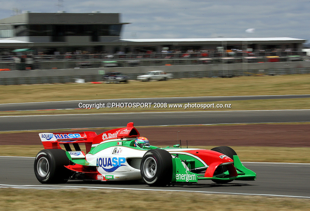Portugal's Joao Urbano in action.<br /> A1GP Qualifying Day. Taupo Motorsport Park, Taupo, New Zealand. Saturday, 19 January 2008. Photo: Dave Lintott/PHOTOSPORT