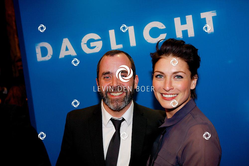 AMSTERDAM - In het Tuschinski Theater is de Nederlandse Triller 'Daglicht' in Premiere gegaan. Met op de foto  Horace Cohen en Vivienne van den Assem. FOTO LEVIN DEN BOER - PERSFOTO.NU