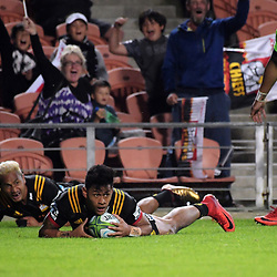 Solomon Alaimalo scores for the Chiefs during the Super Rugby match between the Chiefs and Highlanders at FMG Stadium in Hamilton, New Zealand on Friday, 30 March 2018. Photo: Dave Lintott / lintottphoto.co.nz