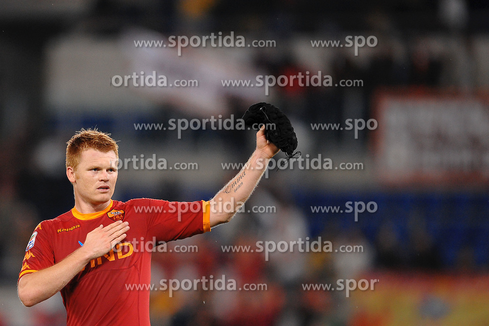 25.09.2010, Stadio Olim, Roma, ITA, Serie A, AS Rom vs Inter Mailand, im Bild Esultanza di John Arne Riise Roma.EXPA Pictures © 2010, PhotoCredit: EXPA/ InsideFoto/ Andrea Staccioli +++++ ATTENTION - FOR AUSTRIA AND SLOVENIA CLIENT ONLY +++++... / SPORTIDA PHOTO AGENCY