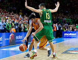Vojdan Stojanovski of Macedonia vs Sarunas Jasikevicius of Lithuania during basketball game between National basketball teams of F.Y.R. of Macedonia and Lithuania at Quarterfinals of FIBA Europe Eurobasket Lithuania 2011, on September 14, 2011, in Arena Zalgirio, Kaunas, Lithuania. Macedonia defeated Lithuania 67-65. (Photo by Vid Ponikvar / Sportida)