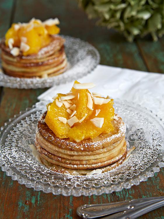Motiv: Dessert Kokos<br /> Recept: Katarina Carlgren<br /> Fotograf: Thomas Carlgren<br /> Anv&auml;ndningsr&auml;tt: Publ en g&aring;ng<br /> Annan publicering kontakta fotografen