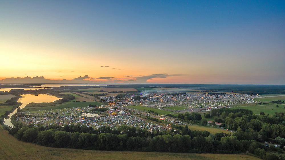 Rund 70.000 Menschen nahmen am 20. Fusion Festival 2016 in Lärz (Landkreis Mecklenburgische Seenplatte) teil.