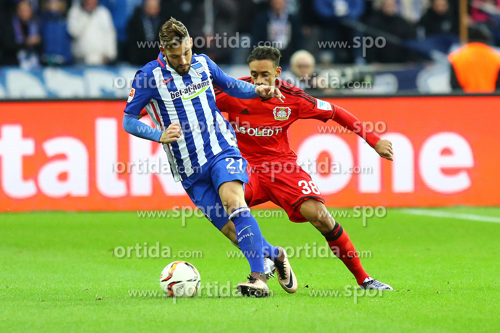 05.12.2015, Olympiastadion, Berlin, GER, 1. FBL, Hertha BSC vs Bayer 04 Leverkusen, 15. Runde, im Bild Zweikampf zwischen Marvin Plattenhardt (#21, Hertha BSC Berlin) und Karim Bellarabi (#38, Bayer 04 Leverkusen) // during the German Bundesliga 15th round match between Hertha BSC and Bayer 04 Leverkusen at the Olympiastadion in Berlin, Germany on 2015/12/05. EXPA Pictures &copy; 2015, PhotoCredit: EXPA/ Eibner-Pressefoto/ Hundt<br /> <br /> *****ATTENTION - OUT of GER*****