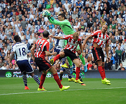 Sunderland's Vito Mannone catches a high ball - Photo mandatory by-line: Joe Meredith/JMP - Mobile: 07966 386802 16/08/2014 - SPORT - FOOTBALL - West Bromwich - The Hawthorns - West Bromwich Albion v Sunderland - Barclays Premier League