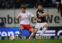 FUSSBALL   1. BUNDESLIGA    SAISON 2012/2013    8. Spieltag   Hamburger SV - VfB Stuttgart            21.10.2012 Milan Badelj (li, Hamburger SV) gegen Serdar Tasci (re, VfB Stuttgart)