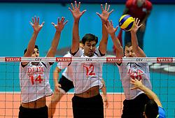 22-09-2013 VOLLEYBAL: EK MANNEN NEDERLAND - SLOVENIE: HERNING<br /> Nederland wint met 3-1 van Slovenie en plaatst zich voor de volgende ronde / (L-R) Niels Klapwijk, Wytze Kooistra, Jeroen Rauwerdink<br /> ©2013-FotoHoogendoorn.nl<br />  / SPORTIDA