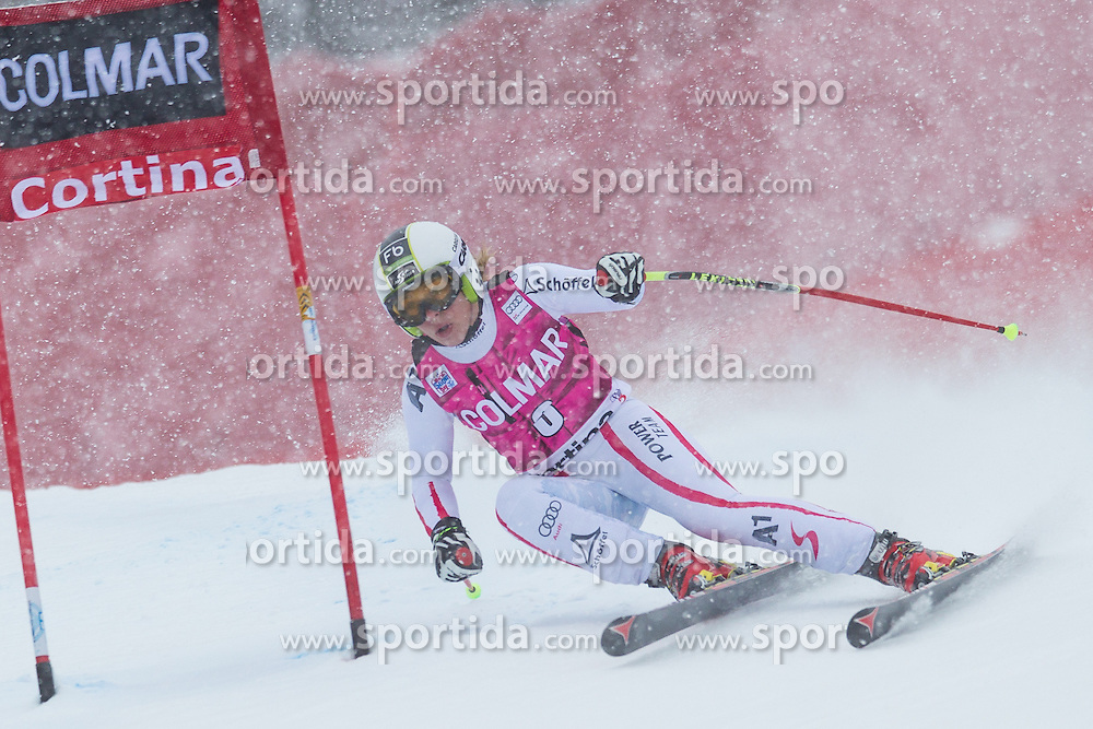 20.01.2013, Olympia delle Tofane, Cortina d Ampezzo, ITA, FIS Weltcup Ski Alpin, Super G, Damen, im Bild Nicole Schmidhofer (AUT) // Nicole Schmidhofer of Austria in action during the ladies Super G of the FIS Ski Alpine World Cup at the Olympia delle Tofane course, Cortina d Ampezzo, Italy on 2013/01/20. EXPA Pictures © 2013, PhotoCredit: EXPA/ Johann Groder