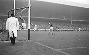 All Ireland Senior Football Final Galway v. Dublin, Croke Park..Galway Goalie jumps, ball goes over bar for a point..22.09.1963 .