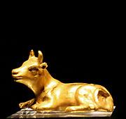 Gold bull, Bactria or Gandhara, 100-1 BC.