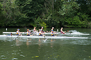 """Henley on Thames, United Kingdom, 23rd June 2018, Saturday,   """"Henley Women's Regatta"""",  view, Women's Coxed Four, Clash of Blades between Aberdeen University  and Mortlake A&A. RC. Henley  Reach, River Thames, England, © Peter SPURRIER/Alamy Live News"""