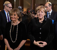 Germany: Chancellor Merkel receiving the Ohel Jakob Medal, 9 Nov. 2016