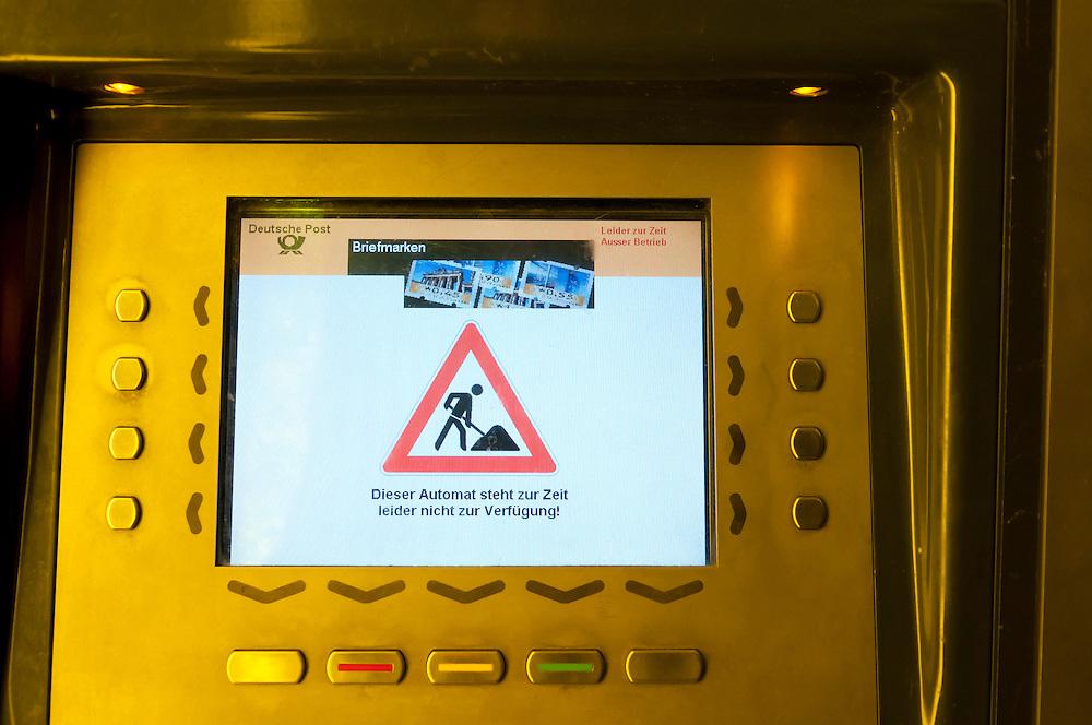 Briefmarkenautomat der Deutsche Post  AG ausser Betrieb - Dieser Automat steht zur Zeit leider nicht zur Verfügung   |  stamp automat out of function    |