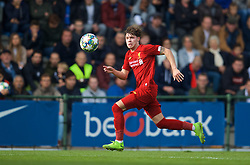 GENK, BELGIUM - Wednesday, October 23, 2019: Liverpool's Neco Williams during the UEFA Youth League Group E match between KRC Genk Under-19's and Liverpool FC Under-19's at the KRC Genk Arena Stadium B. (Pic by David Rawcliffe/Propaganda)
