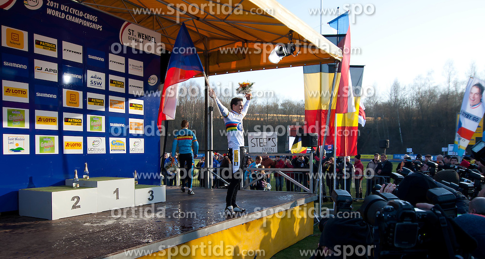 30.01.2011, GER, UCI Cyclo Cross World Championship 2011, im Bild Zdenek Stybar (CZE) Goldmedalliengewinner, EXPA Pictures © 2011, PhotoCredit: EXPA/ A. Neis / SPORTIDA PHOTO AGENCY