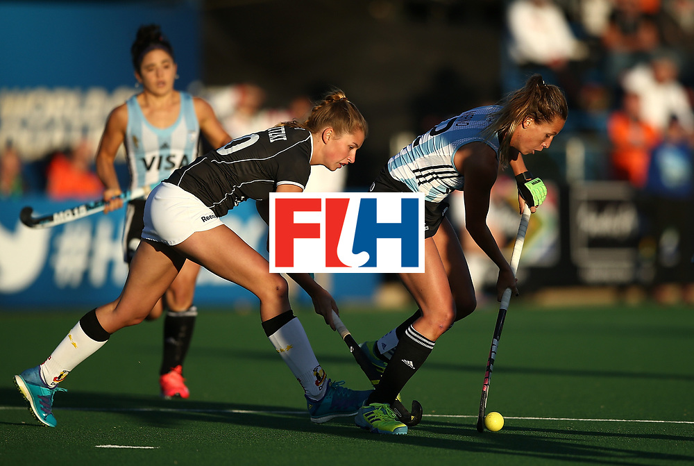 JOHANNESBURG, SOUTH AFRICA - JULY 20:  Delfina Merino of Argentina battles with Hanna Granitzki of Germany during day 7 of the FIH Hockey World League Women's Semi Finals semi final match between Germany and Argentina at Wits University on July 20, 2017 in Johannesburg, South Africa.  (Photo by Jan Kruger/Getty Images for FIH)
