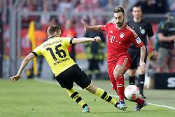 04.05.2013, Signal Iduna Park, Dortmund, GER, 1. FBL, Borussia Dortmund vs FC Bayern Muenchen, 32. Runde, im Bild duell Jakub BLASZCZYKOWSKI - KUBA (Borussia Dortmund - BVB - 16) - Diego CONTENTO (FC Bayern Muenchen - 26) // during the German Bundesliga 32th round match between Borussia Dortmund and FC Bayern Munich at the Signal Iduna Park, Dortmund, Germany on 2013/05/04. EXPA Pictures © 2013, PhotoCredit: EXPA/ Eibner/ Gerry Schmit..***** ATTENTION - OUT OF GER *****