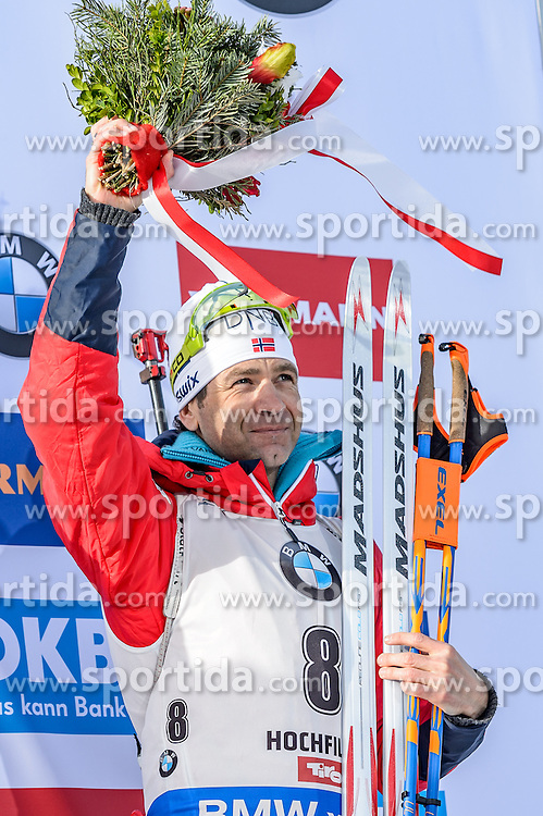12.02.2017, Biathlonarena, Hochfilzen, AUT, IBU Weltmeisterschaften Biathlon, Hochfilzen 2017, Verfolgung Herren, Flower Zeremonie, im Bild Ole Einar Bjoerndalen (NOR) // Ole Einar Bjoerndalen of Norway during Flower Ceremony of the Mens pursuit of the IBU Biathlon World Championships at the Biathlonarena in Hochfilzen, Austria on 2017/02/12. EXPA Pictures © 2017, PhotoCredit: EXPA/ Stefan Adelsberger