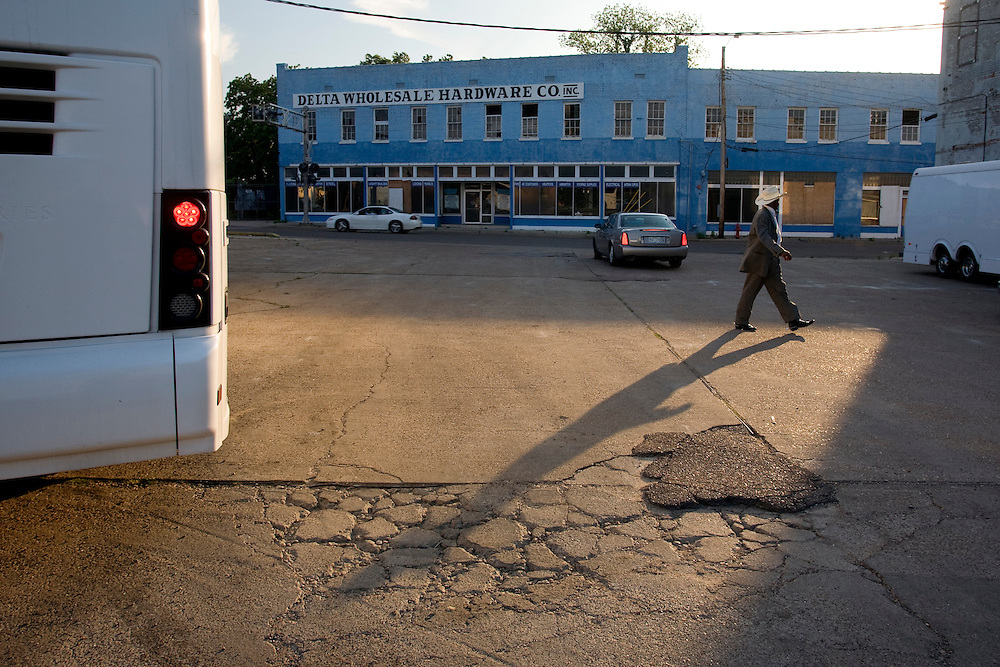 Showtime, Clarksdale, Miss., 2006.<br /> Photo by D.L. Anderson
